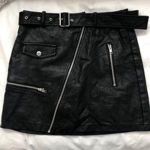 LF/SEEK faux leather skirt